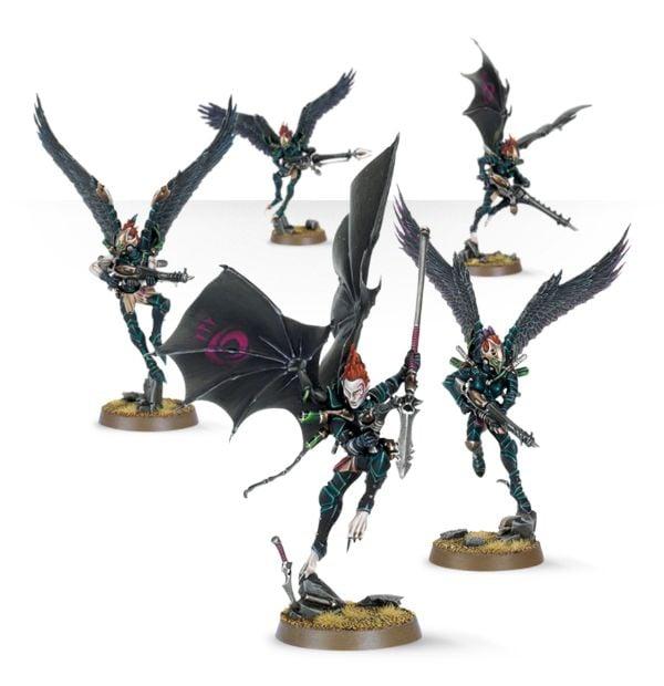 [Eldars] Des Elfes sur des dinosaures... Mais oui, nous jouons bien à 40k! 99120112014_ScourgesNEW_01